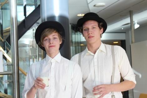 Kellopeliappeelsiinin pojat. Kuva: Pipsa Hämäläinen ja Tua Valtonen