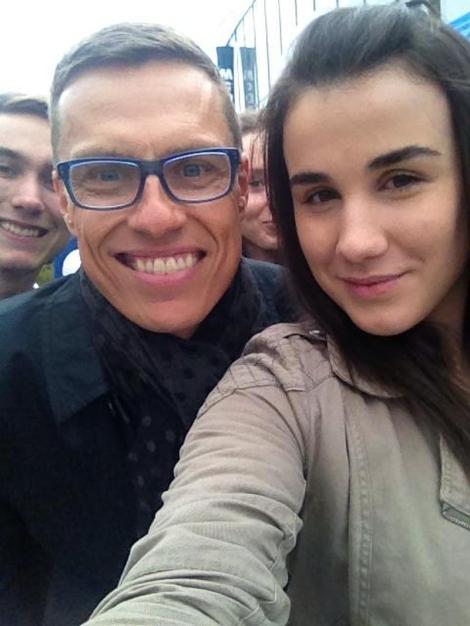 Alexander Stubb ja Hana Zogjani hienossa selfiessa.