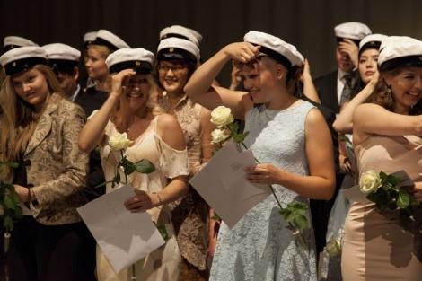 IB14 Graduation 3
