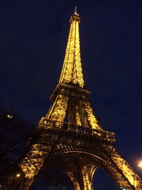 Eiffel väri